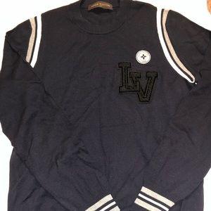 1e5e28fcc7aa 100% Authentic Louis Vuitton crewneck men sweater